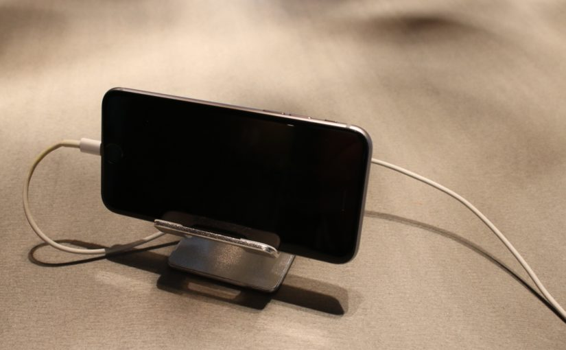Phone Desktop Holder